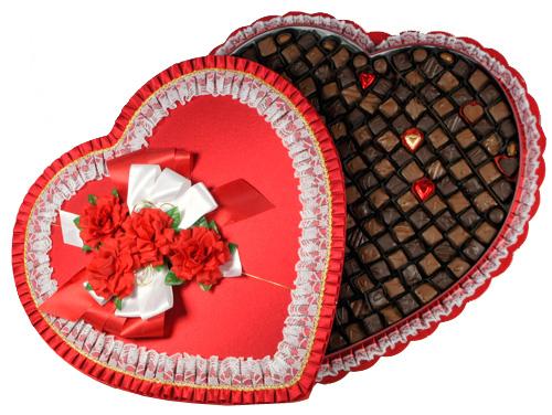 giant-lace-heart-box.jpg