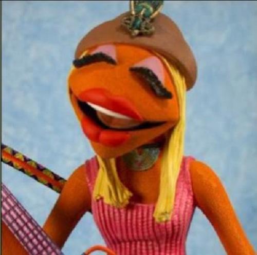 Yoooooooooo Is This Really What Donatella Versace